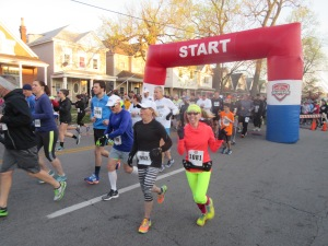 Me at the start of the 2016 Papa John's 10 Miler - Louisville, Kentucky
