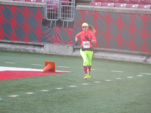 Me making the final turn toward the finish line of the Papa John's 10 Miler - Louisville, Kentucky