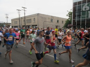 Me at the start of the Bluegrass 10,000